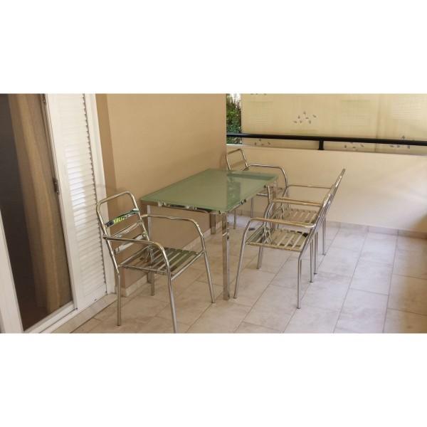 Τραπέζι με καρέκλες INOX